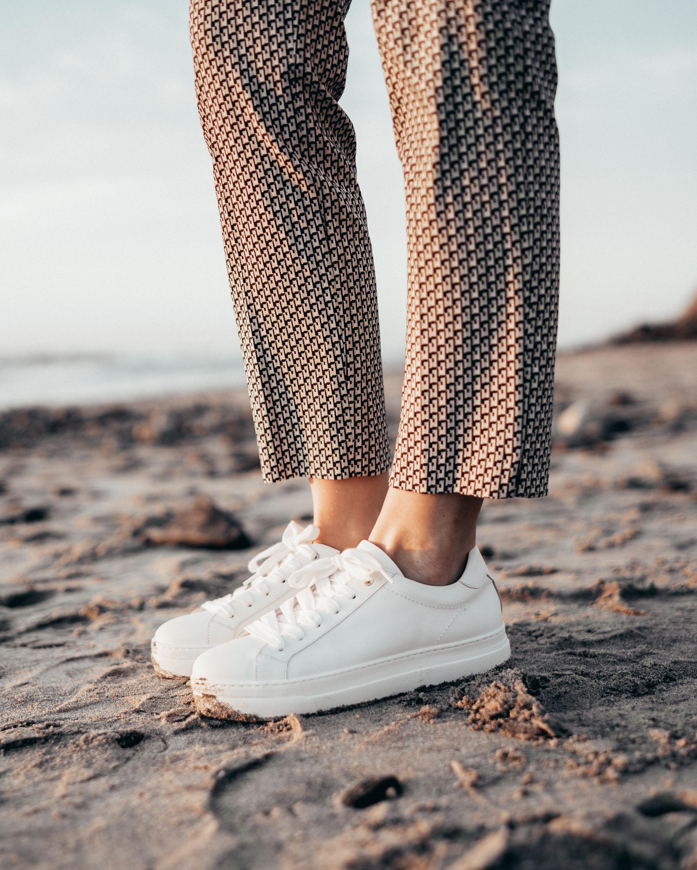 Summer-Look   Vichykaro Hose Sneaker