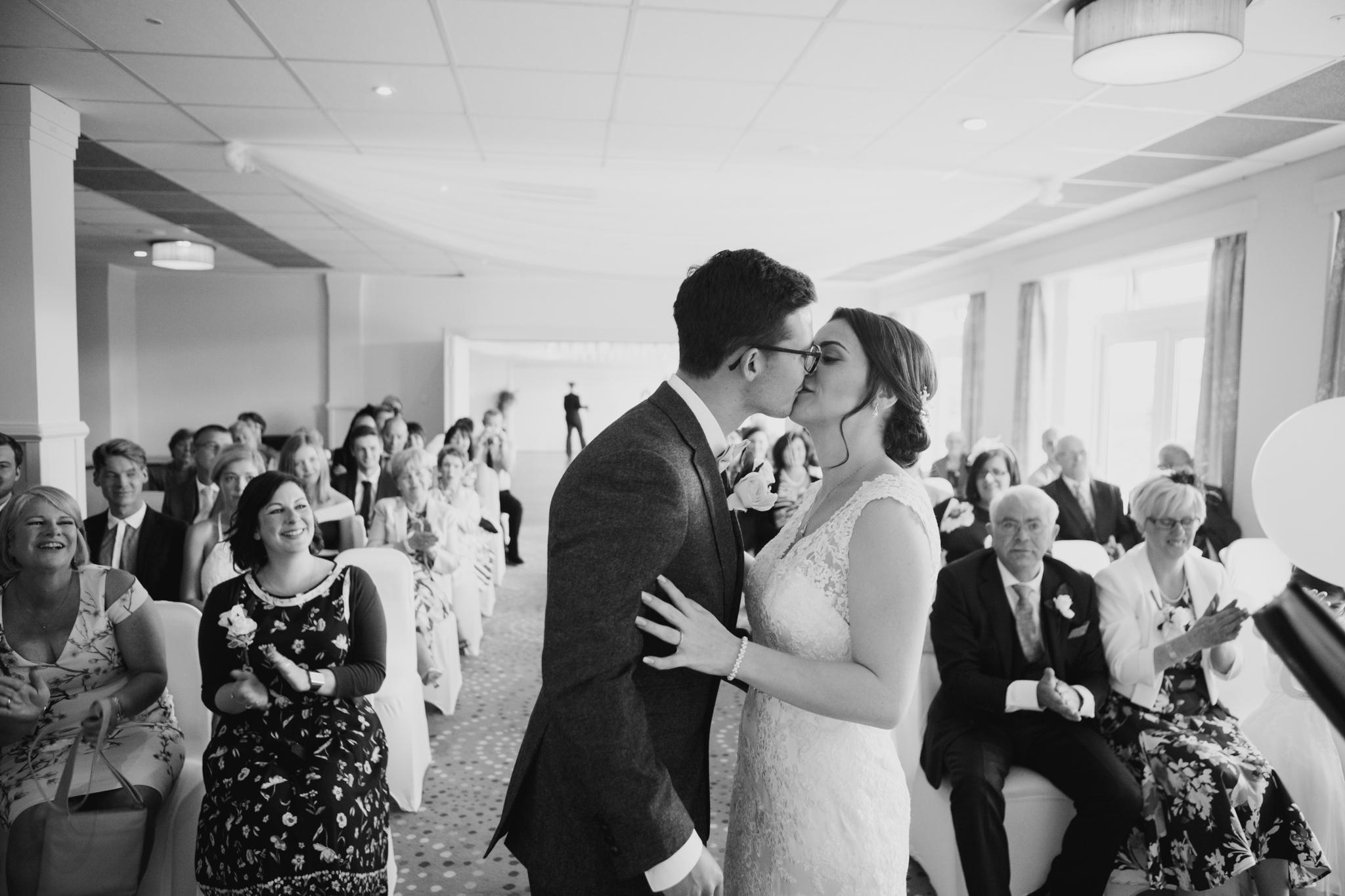 Dartmouth Wedding Photographer 007.jpg