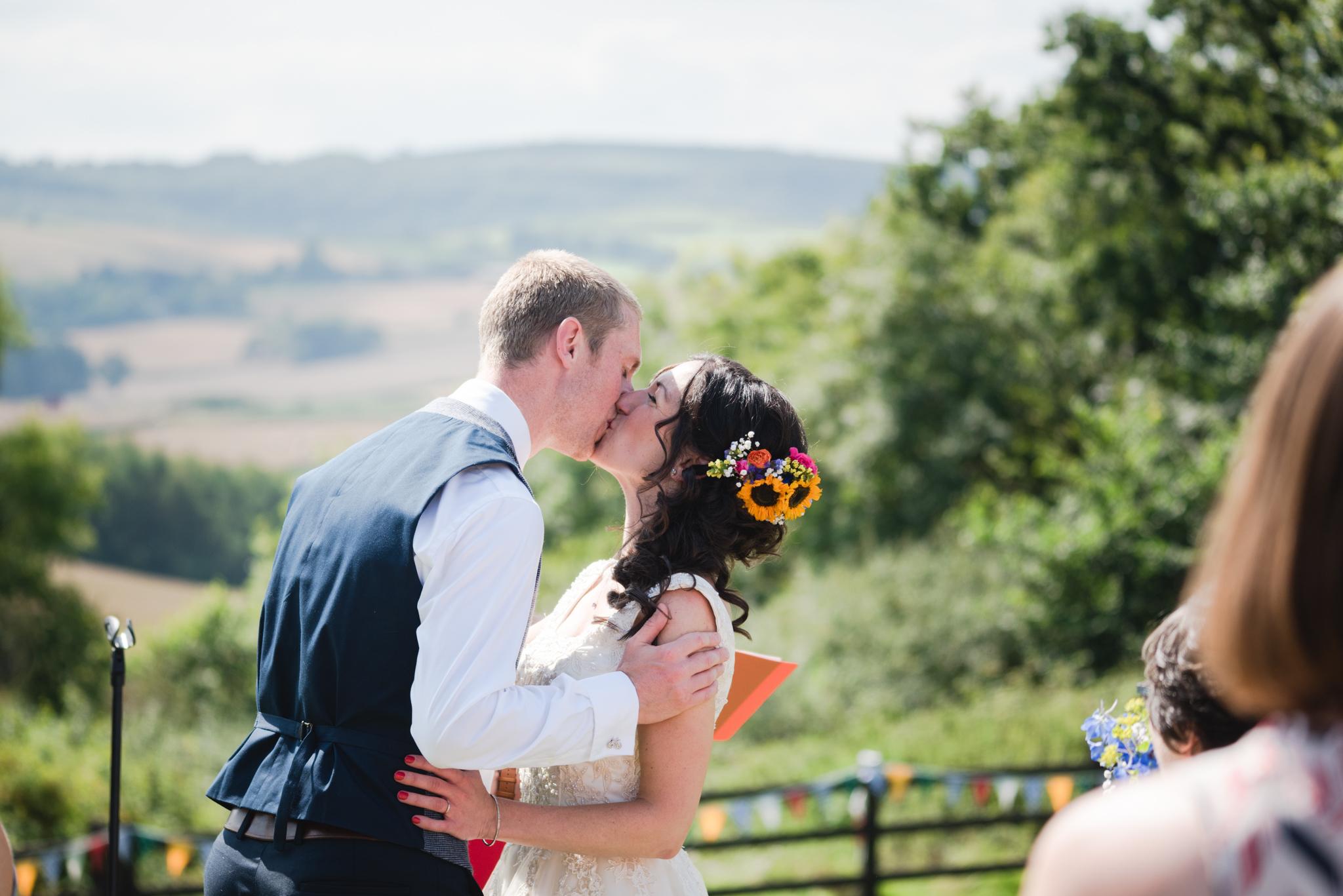 Higher eggbeer farm wedding photographer 010.jpg