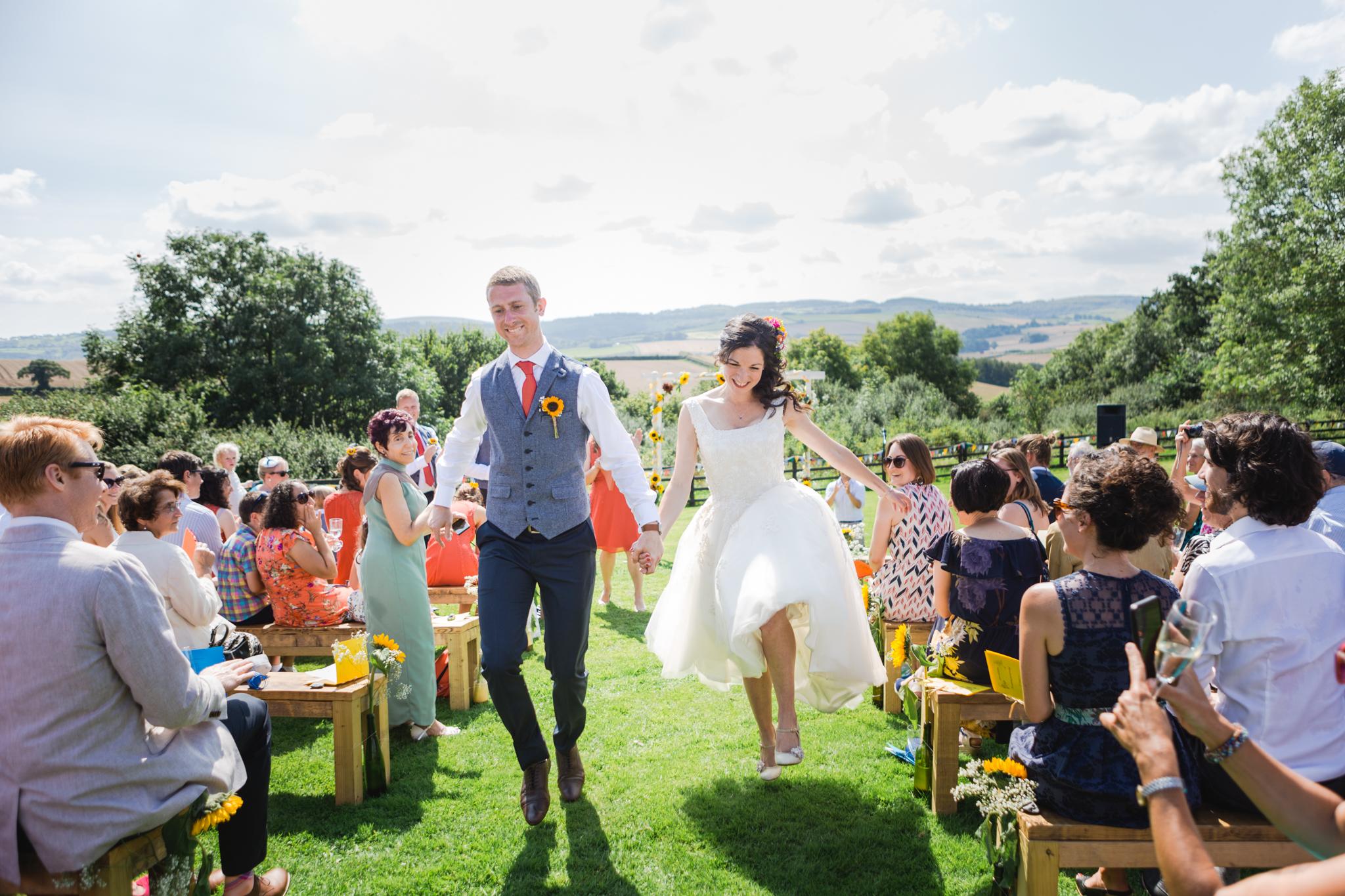 Higher eggbeer farm wedding photographer 011.jpg