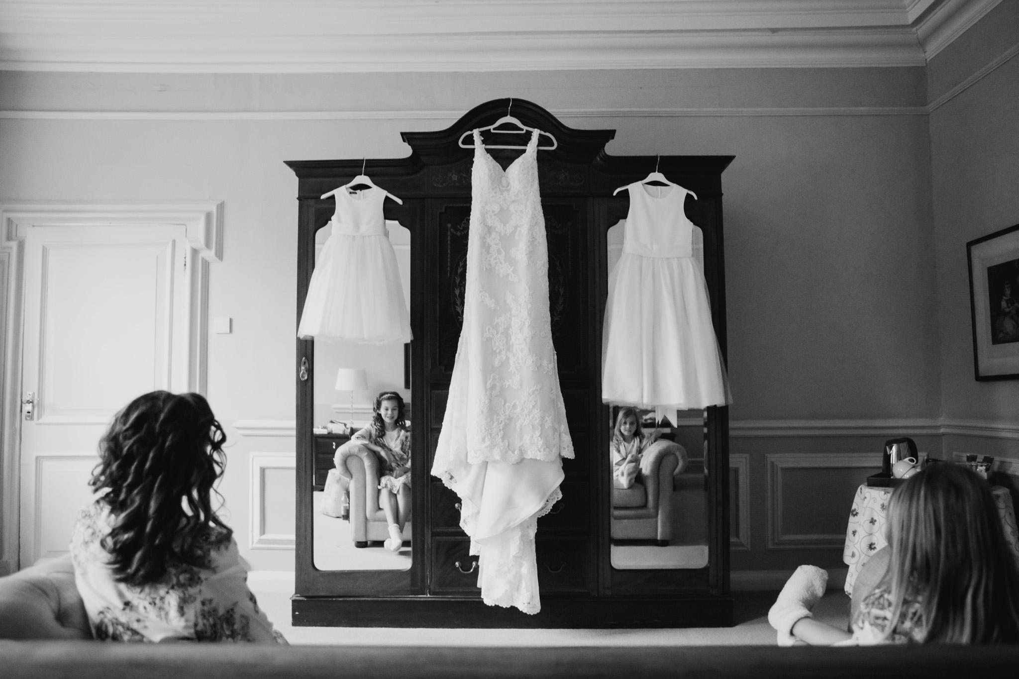 Langdon Court Wedding Photographer 001.jpg