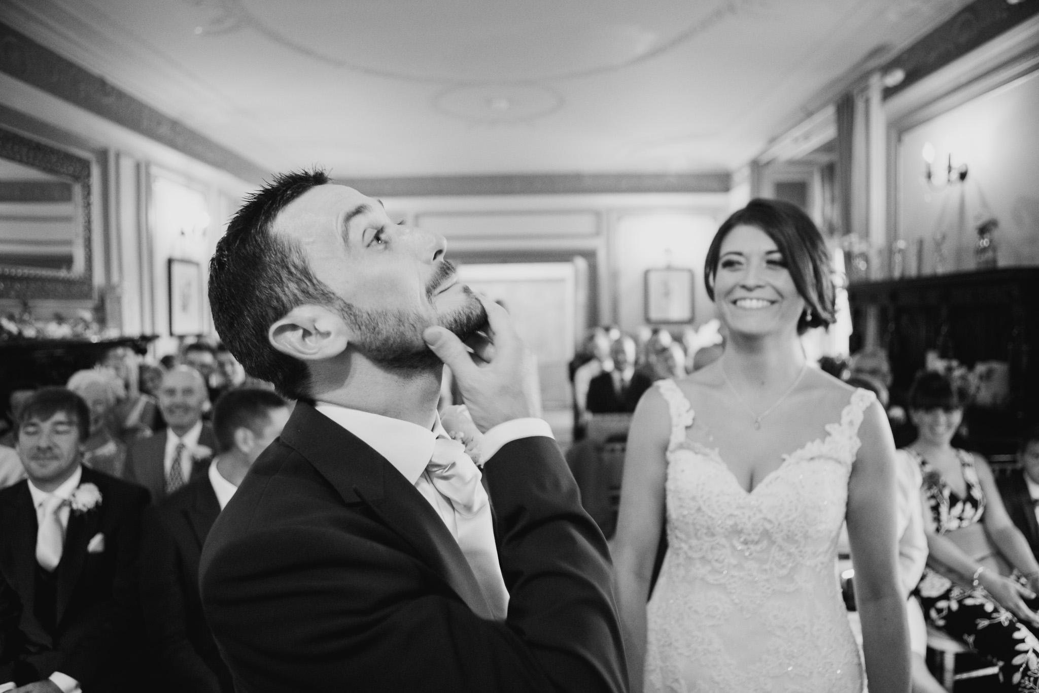 Langdon Court Wedding Photographer 008.jpg