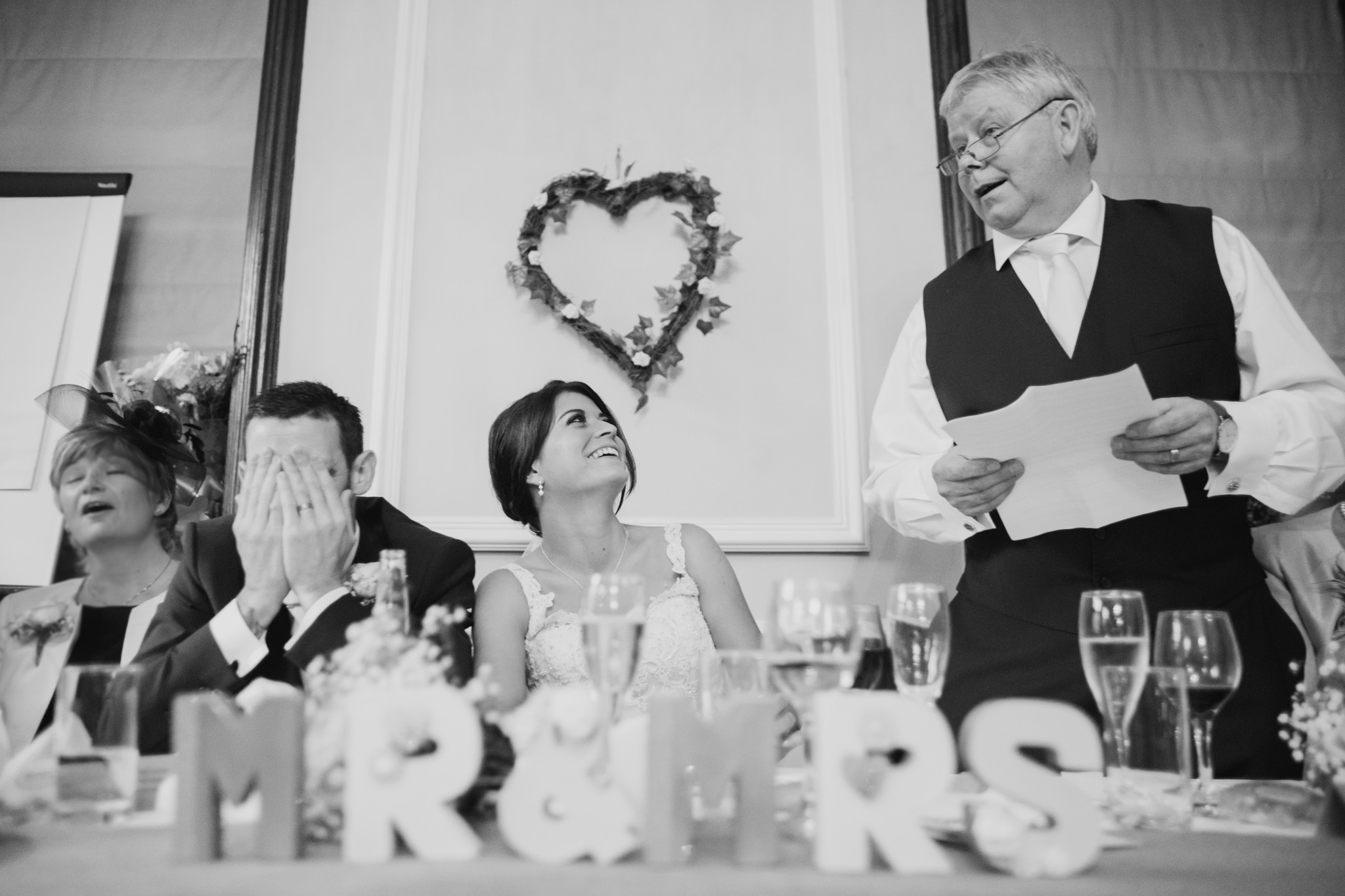 Langdon Court Wedding Photographer 014.jpg