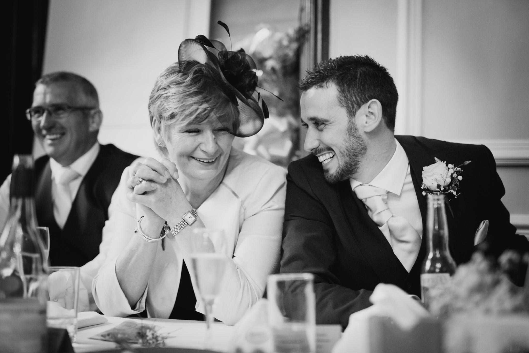 Langdon Court Wedding Photographer 015.jpg