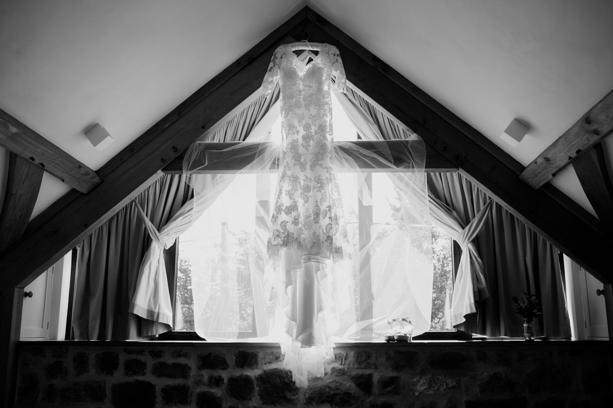 The Oak Barn Wedding Photographer 003_.jpg