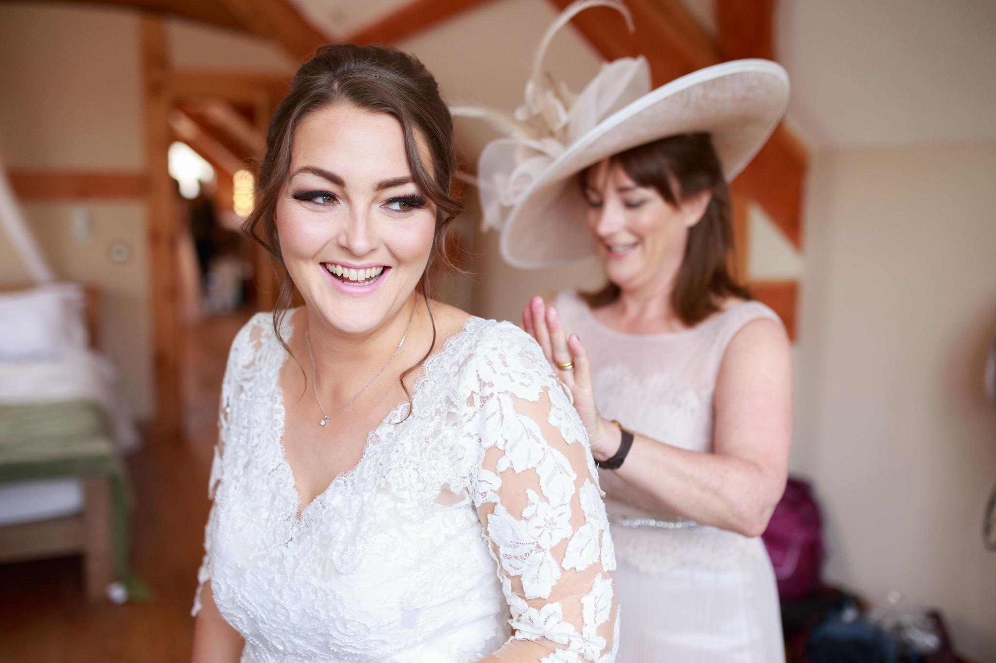 The Oak Barn Wedding Photographer 009_.jpg