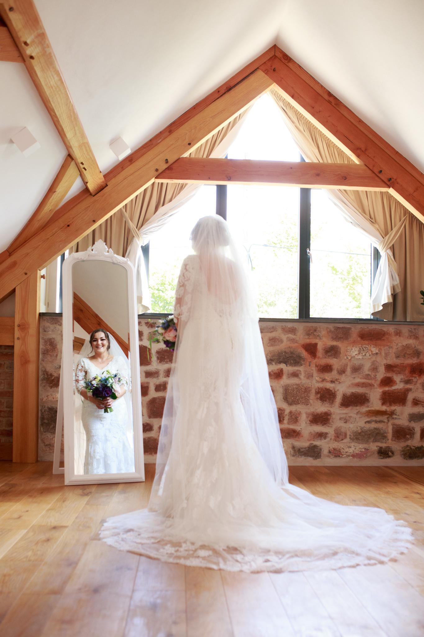 The Oak Barn Wedding Photographer 010_.jpg
