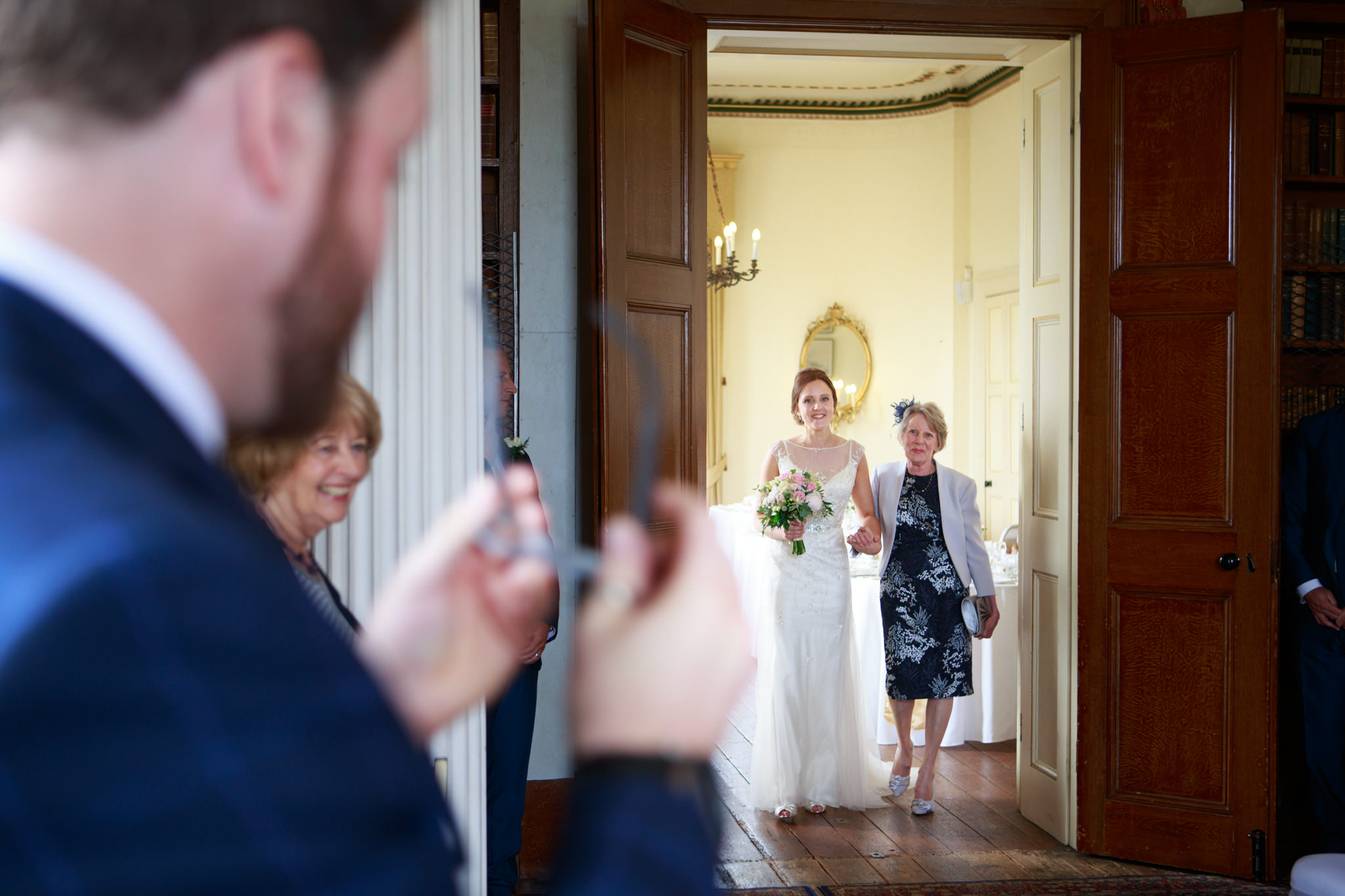 Escot House Wedding photographer 011_.jpg