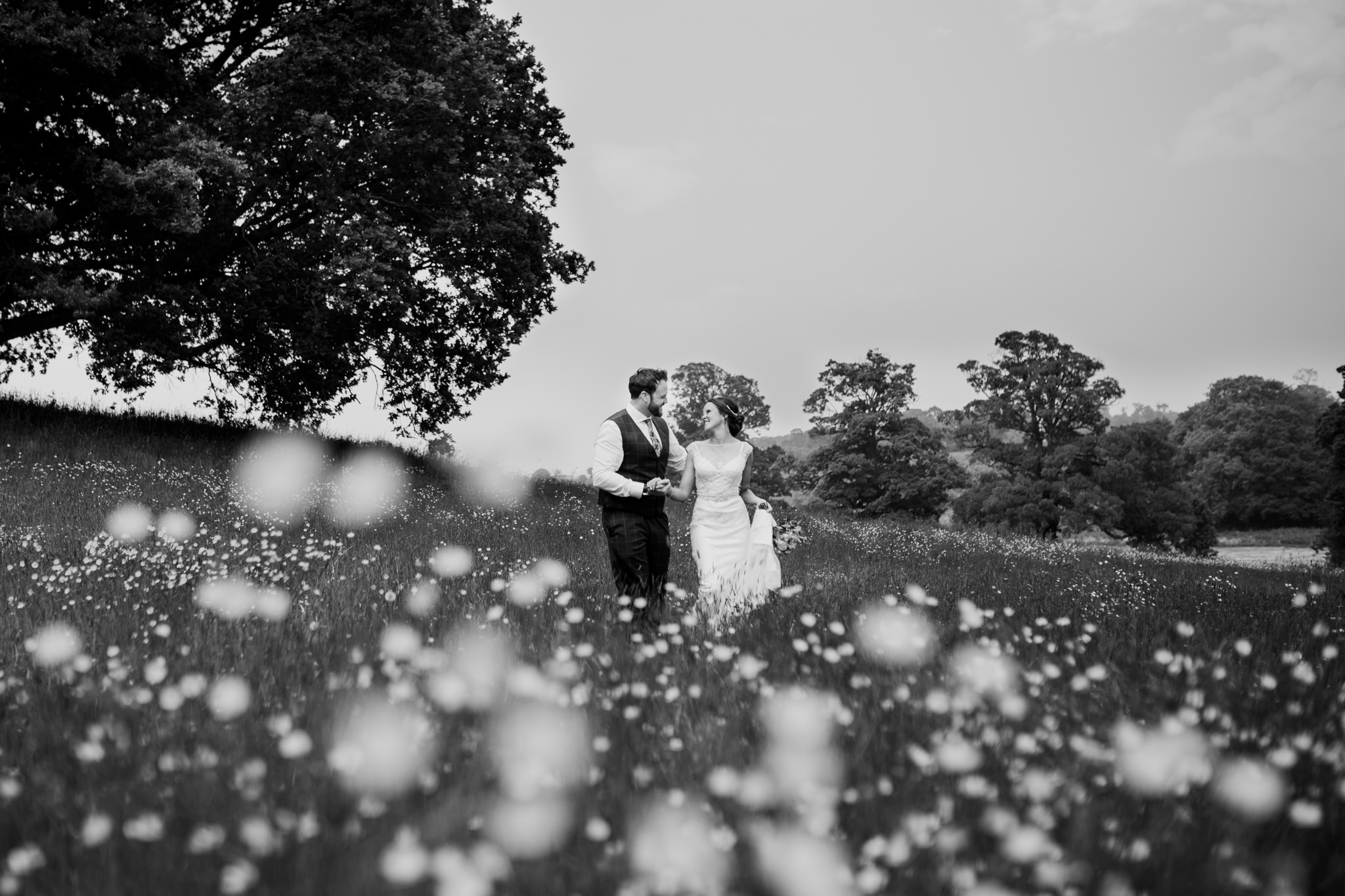 Escot House Wedding photographer 020_.jpg