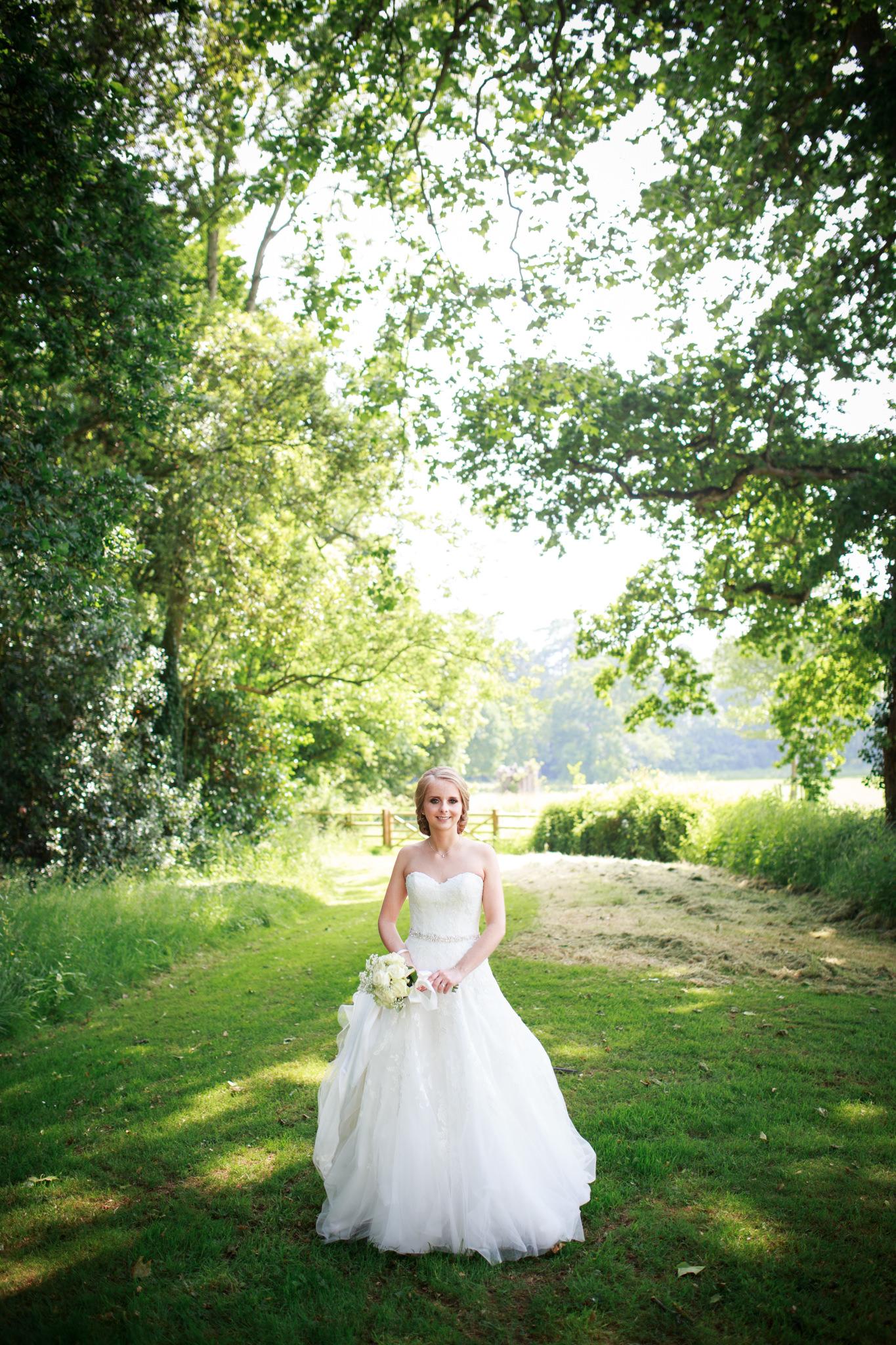 Rockbeare manor wedding photographer 014.jpg