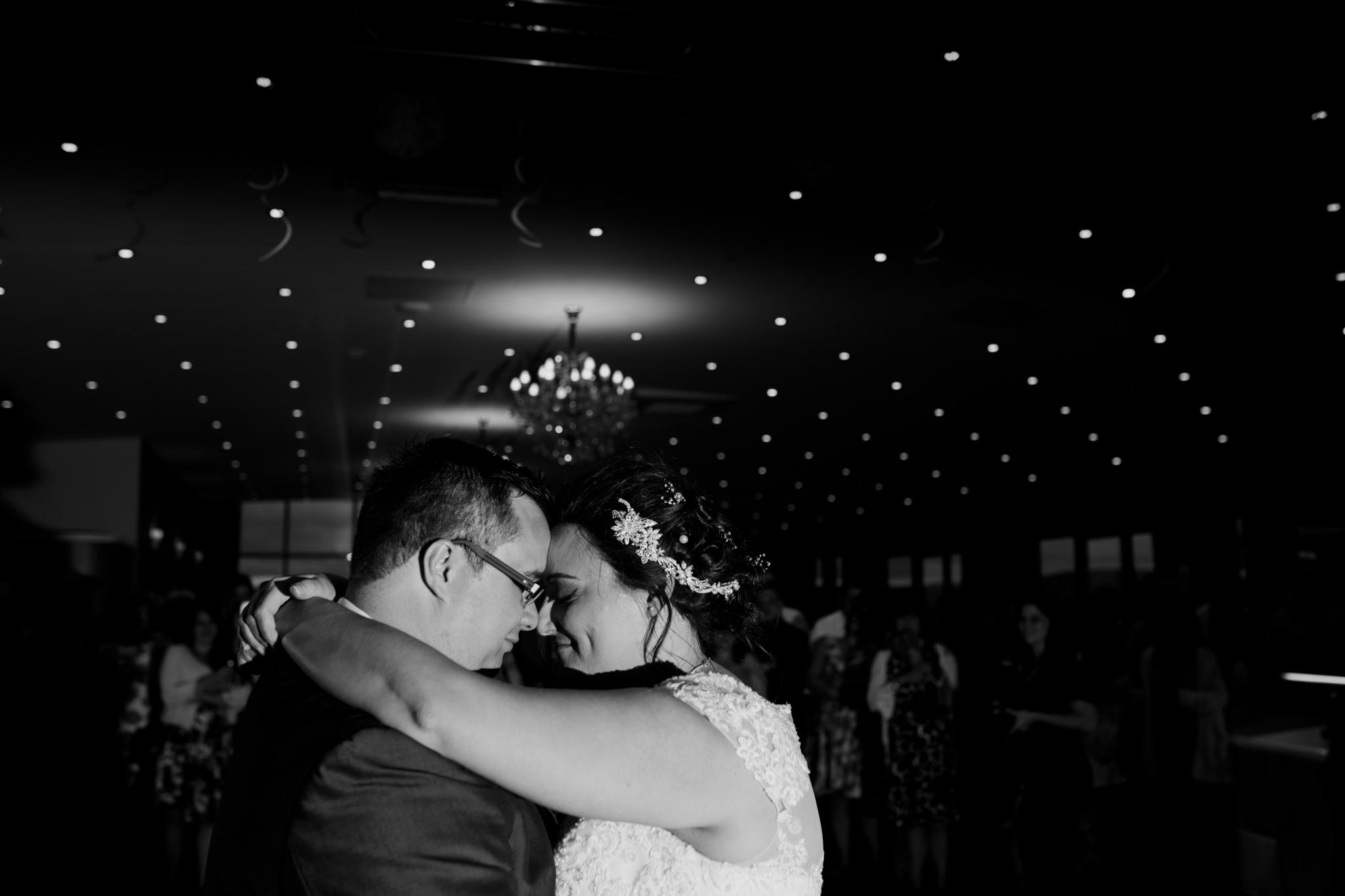 Devon Wedding Photographer 045_.jpg