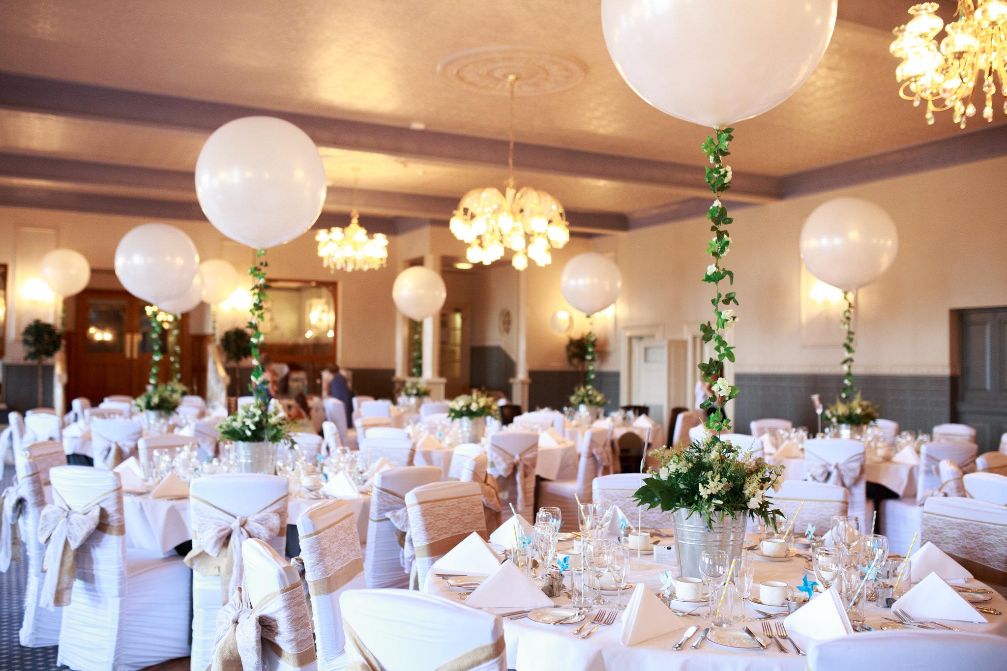 Wedding Photographer In Exeter 001_-2.jpg