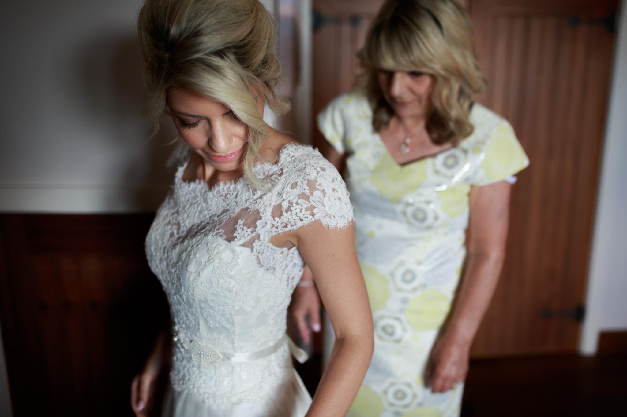 Wedding Photographer In Exeter 003_.jpg