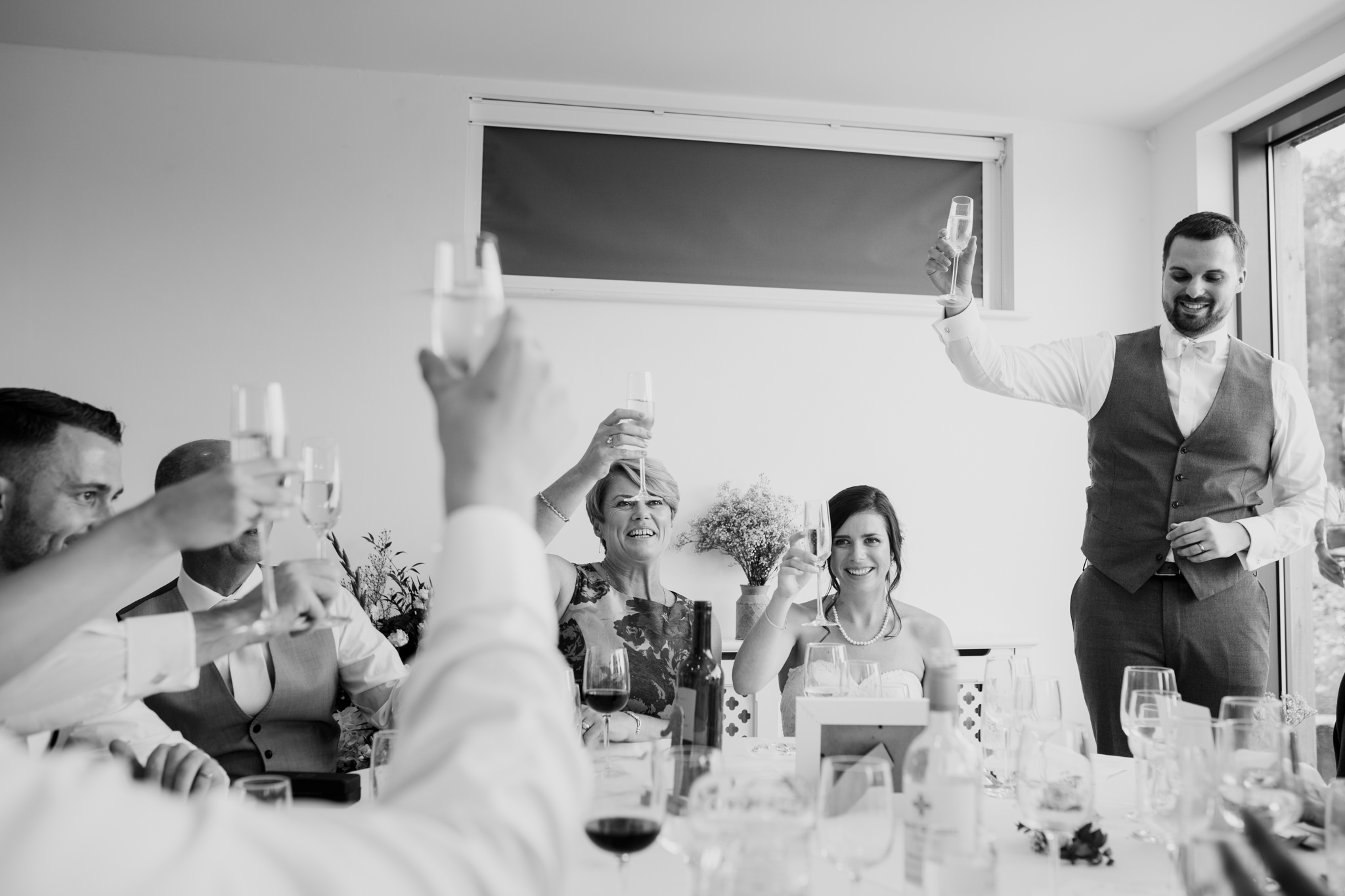 Totnes wedding photographer 039_.jpg