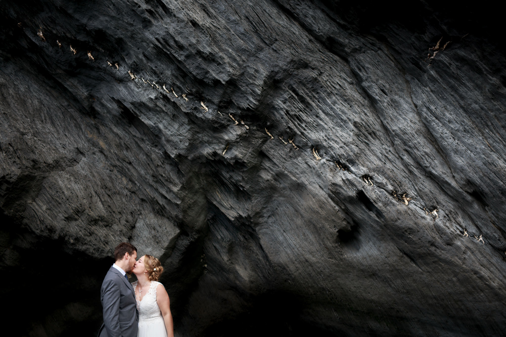 Tunnels Beaches Devon Wedding Photographer 027_.jpg