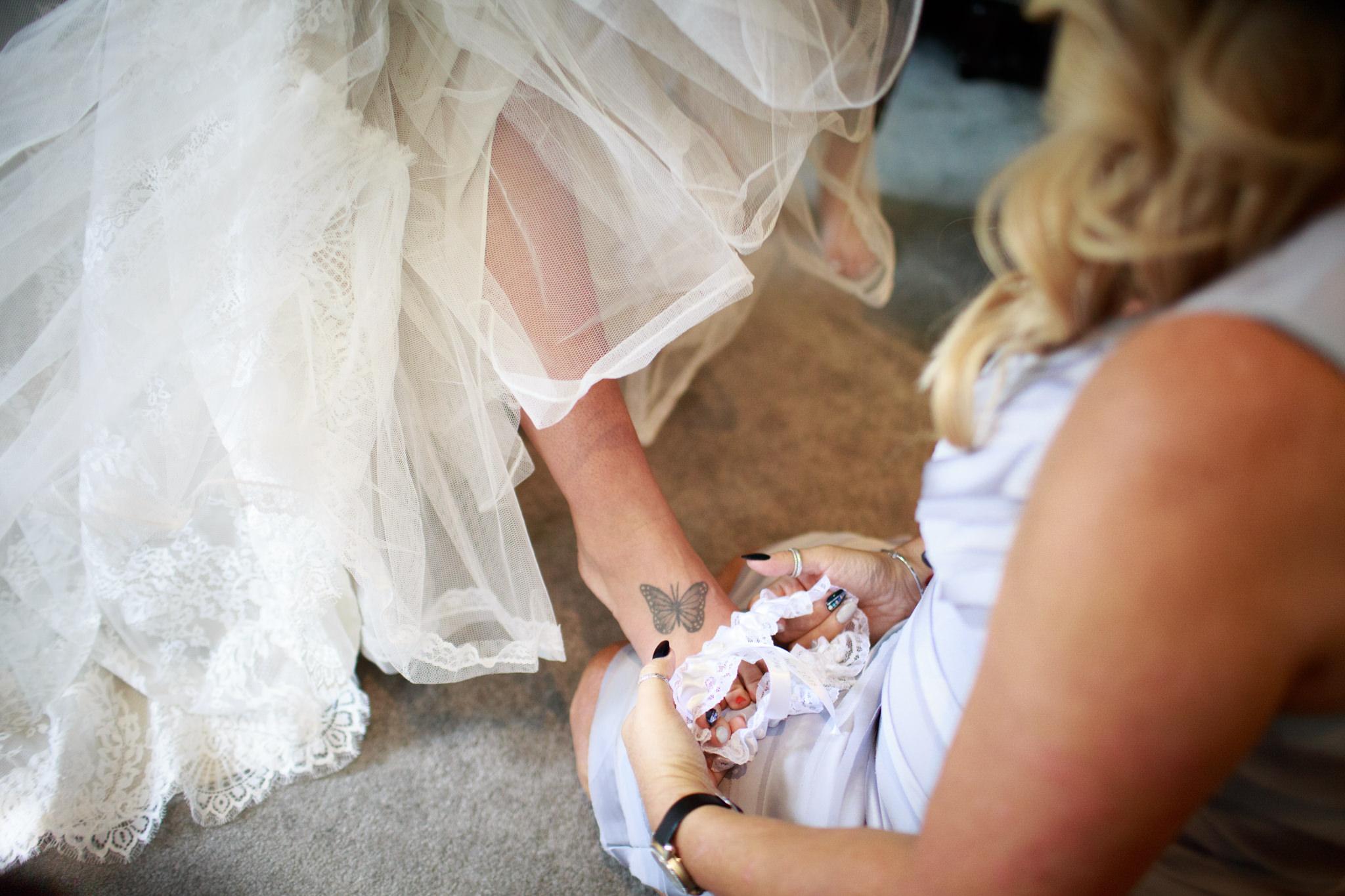 Newton Abbot Wedding Photographer 015_.jpg