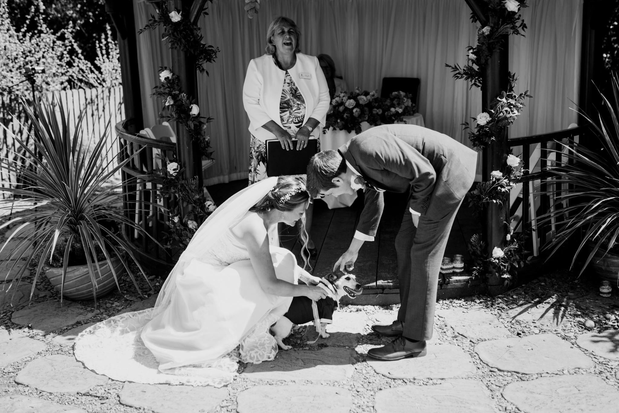 Polhawn Fort Wedding Photographer 011_.jpg