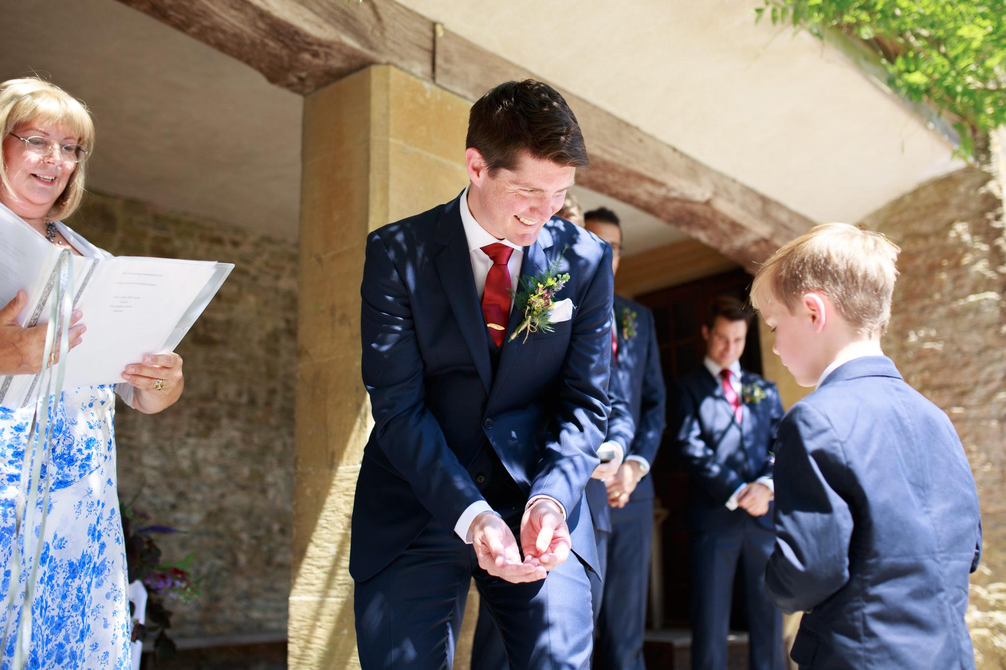 Dartington Hall Wedding Photographer 010_.jpg