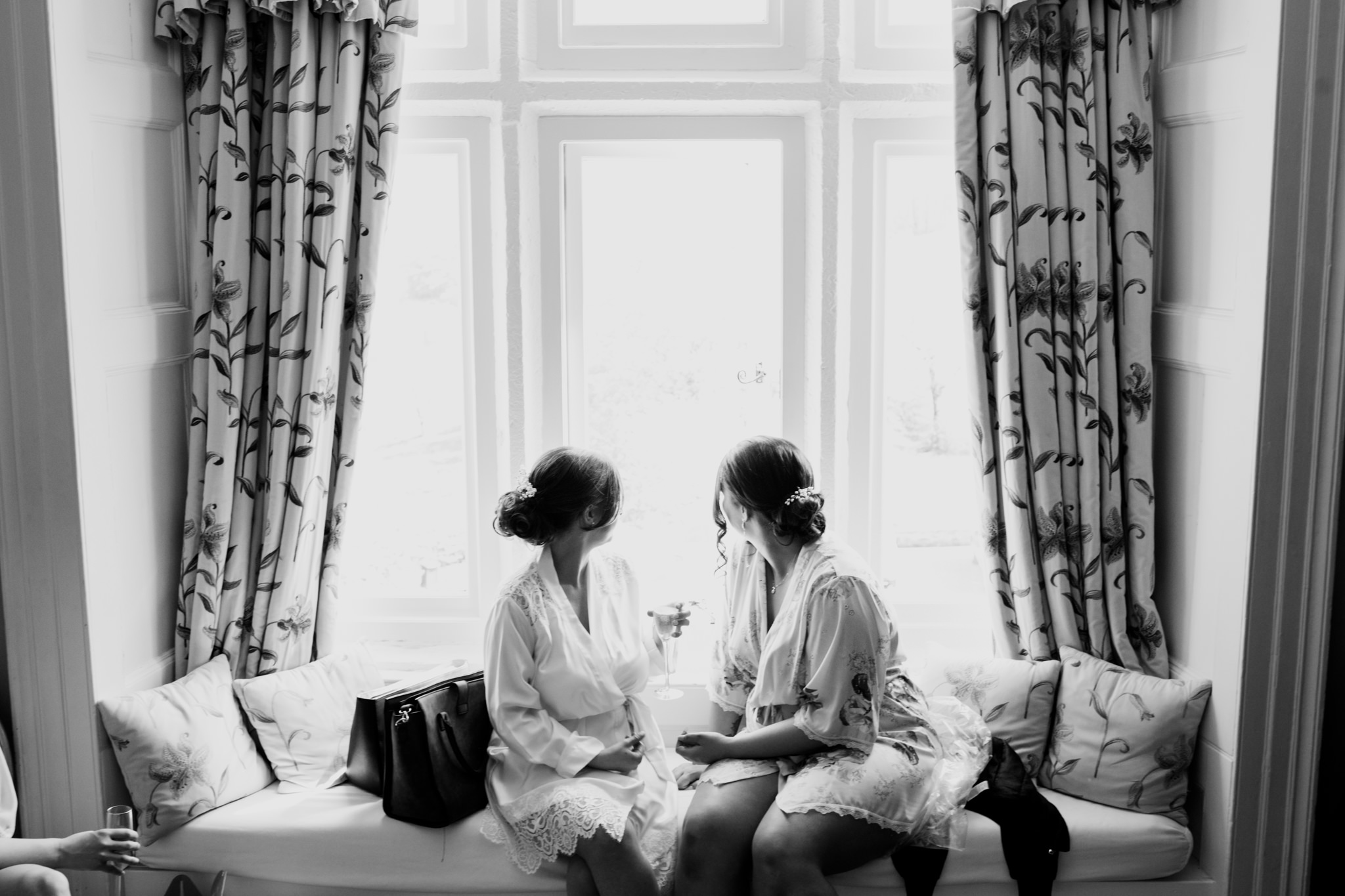 Langdon Court Hotel Wedding Photographer 004_.jpg