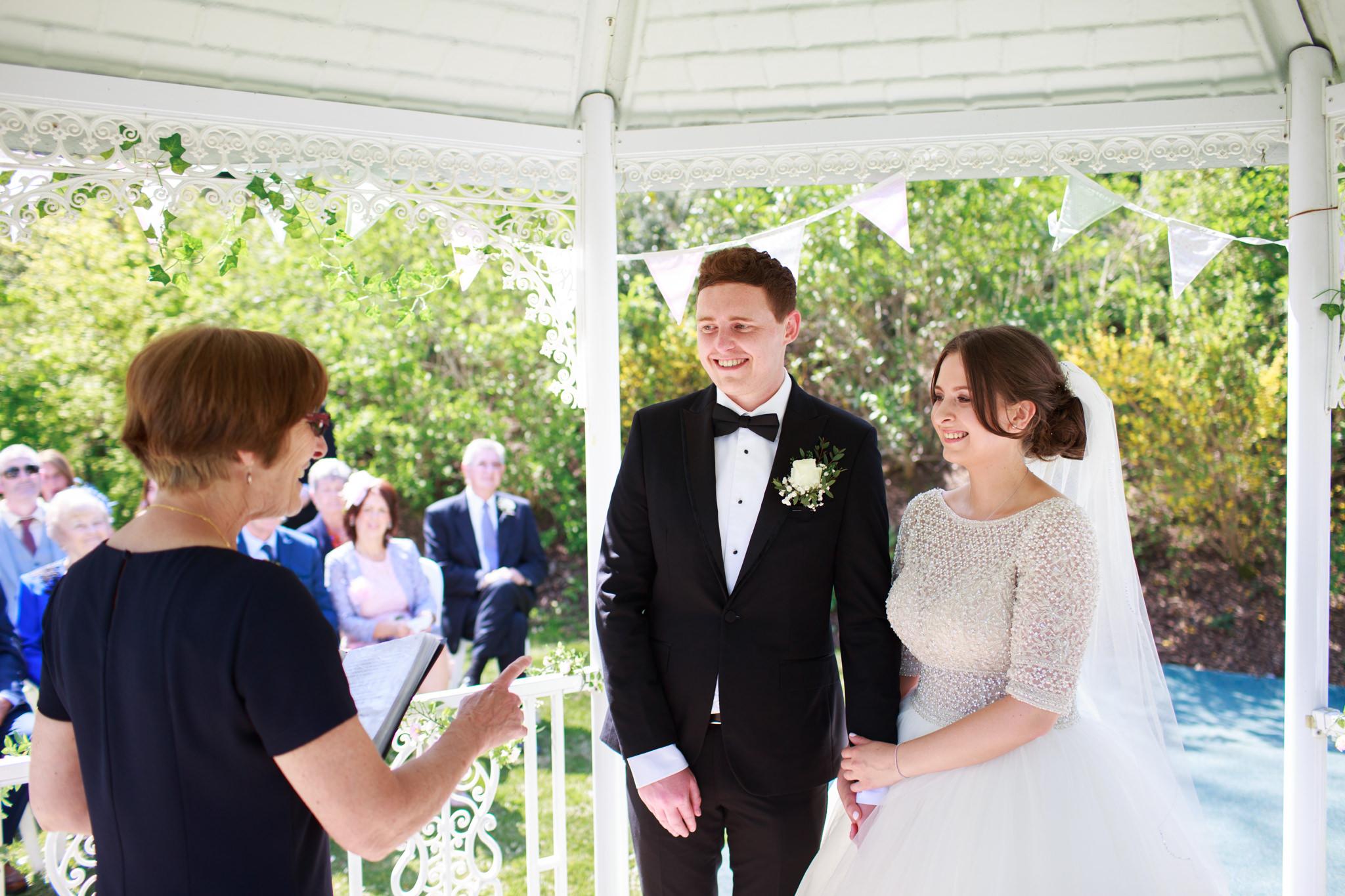 Langdon Court Hotel Wedding Photographer 014_.jpg