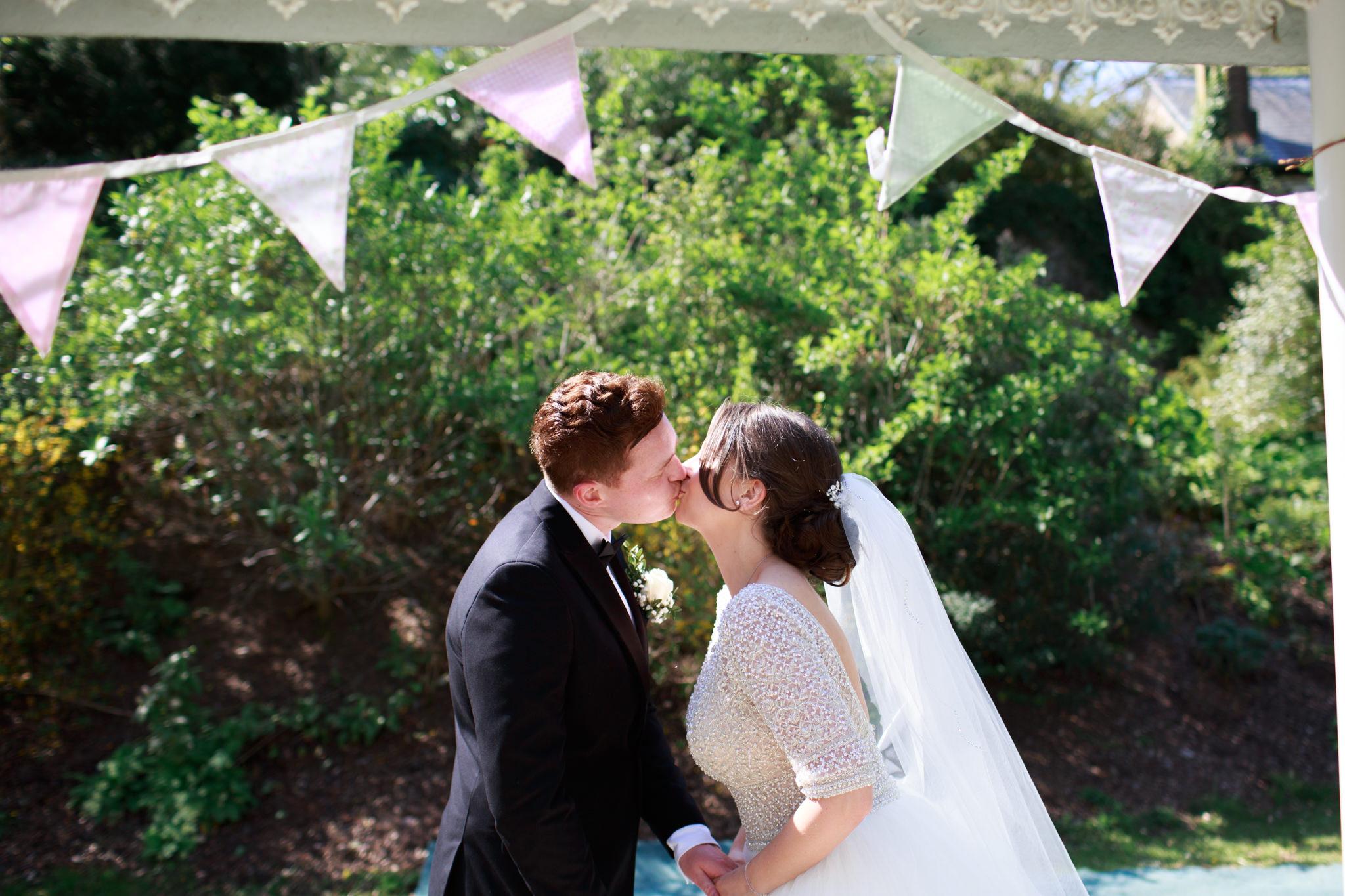 Langdon Court Hotel Wedding Photographer 016_.jpg