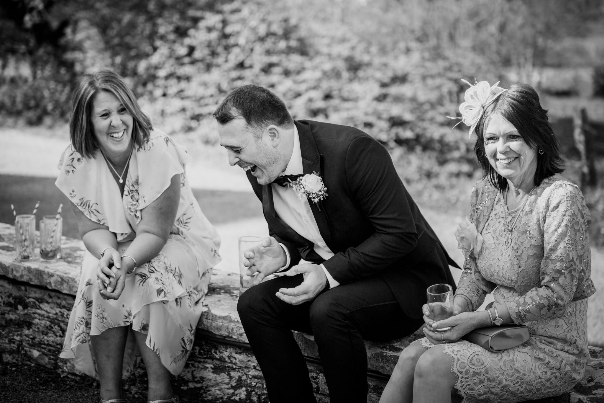 Langdon Court Hotel Wedding Photographer 033_.jpg