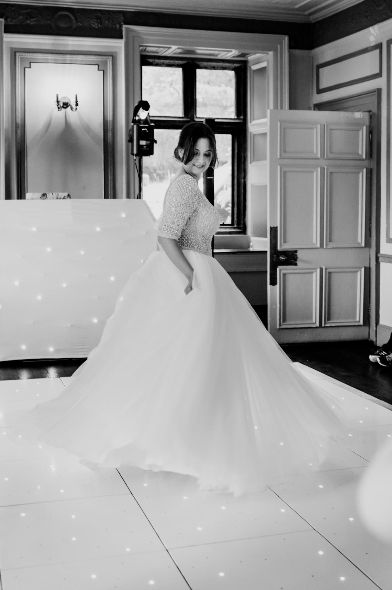 Langdon Court Hotel Wedding Photographer 046_.jpg
