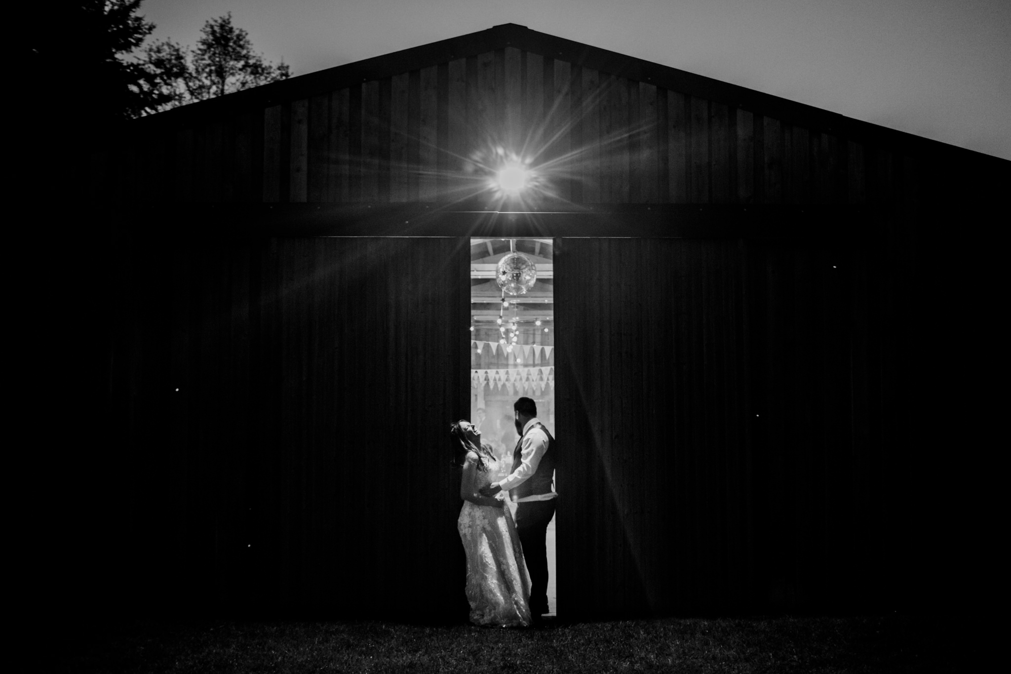 Dartmoor Wedding Photographer 055_.jpg
