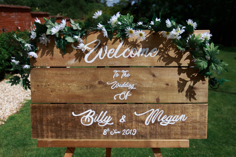 Upton Barn Wedding 018_.jpg