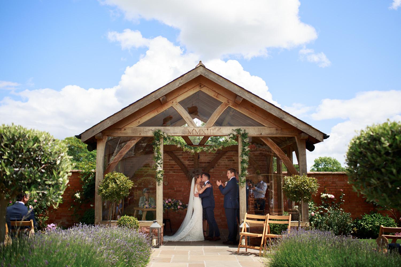 Upton Barn Wedding 023_.jpg