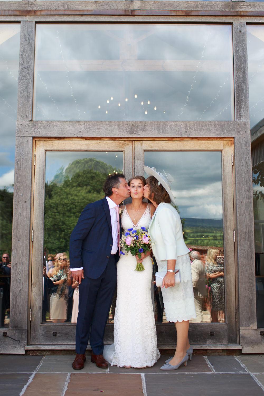 Upton Barn Wedding 033_.jpg
