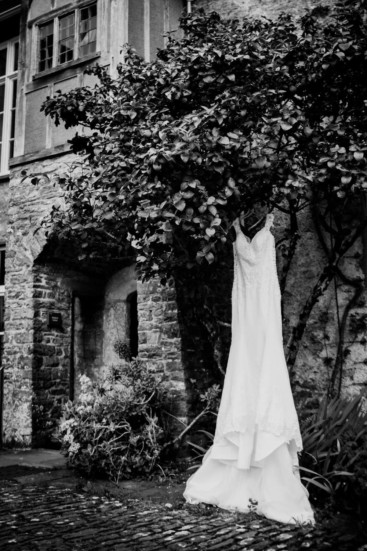 Dartington Hall Wedding Photographs 001_.jpg