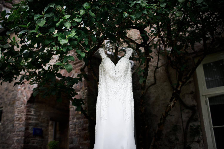 Dartington Hall Wedding Photographs 002_.jpg