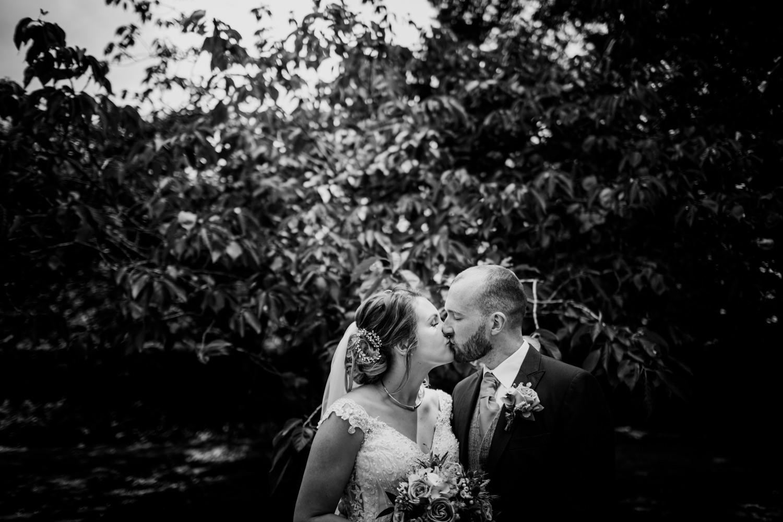 Dartington Hall Wedding Photographs 036_.jpg