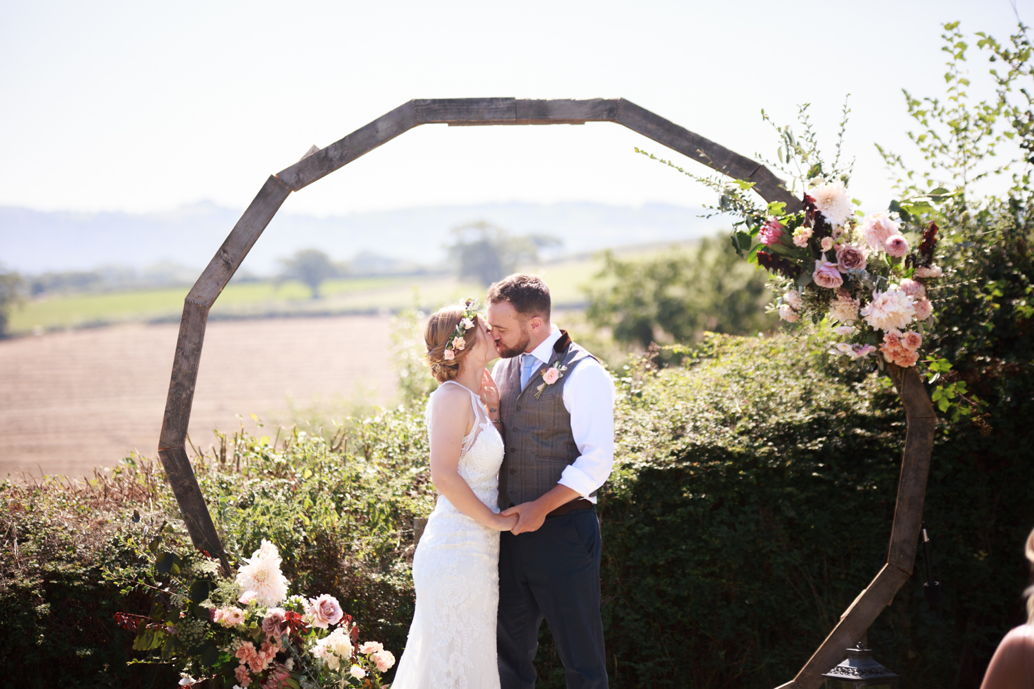 Windout Barn Farm Wedding Photographs 023_.jpg