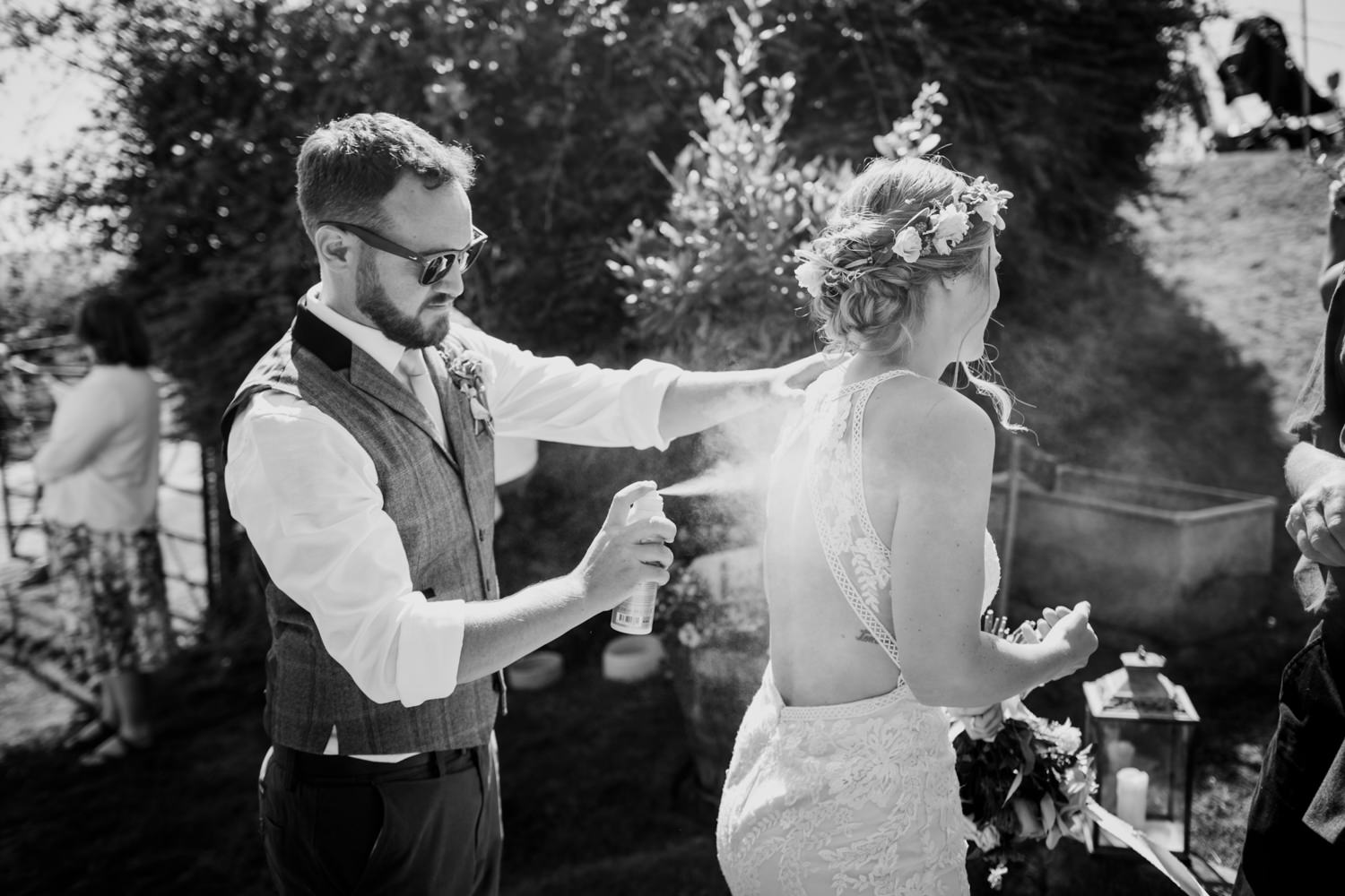 Windout Barn Farm Wedding Photographs 026_.jpg