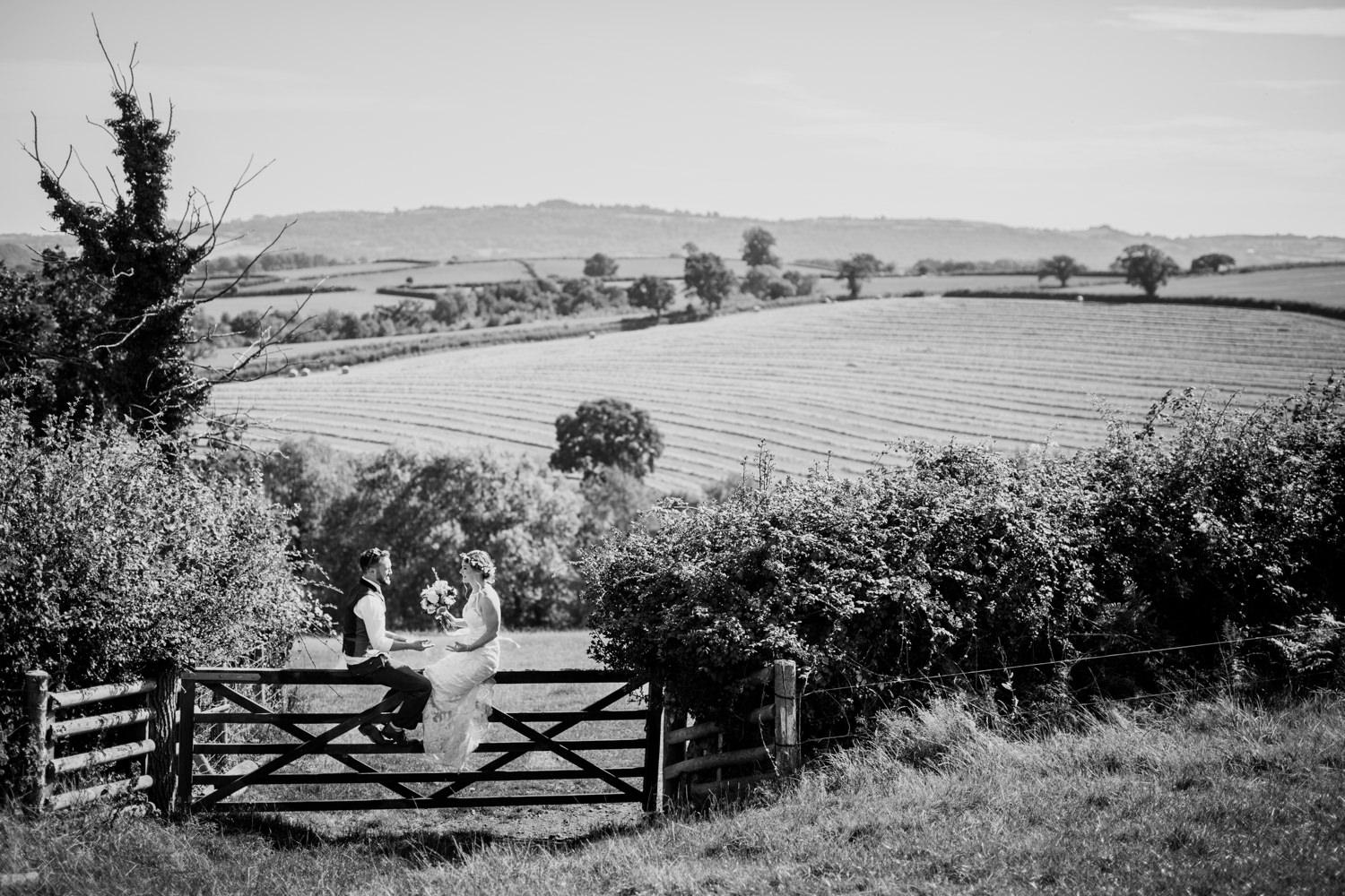 Windout Barn Farm Wedding Photographs 035_.jpg