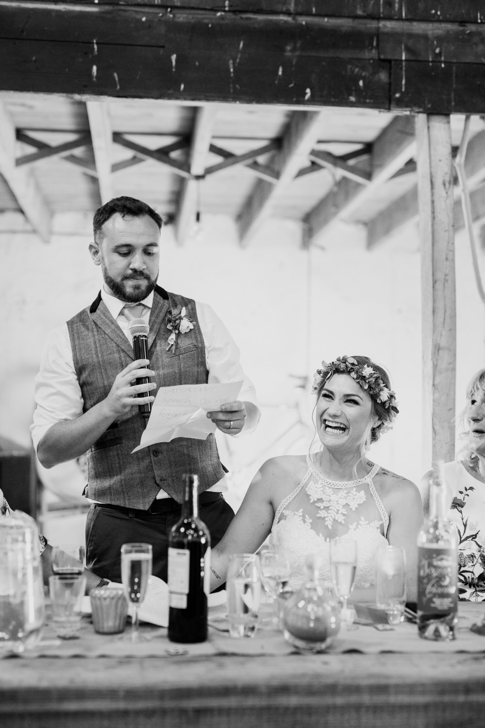 Windout Barn Farm Wedding Photographs 056_.jpg