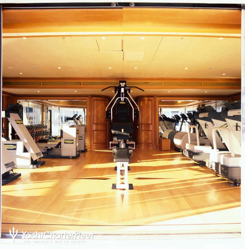 FREEDOM-yacht-gymnasium--overview-41-large.jpg