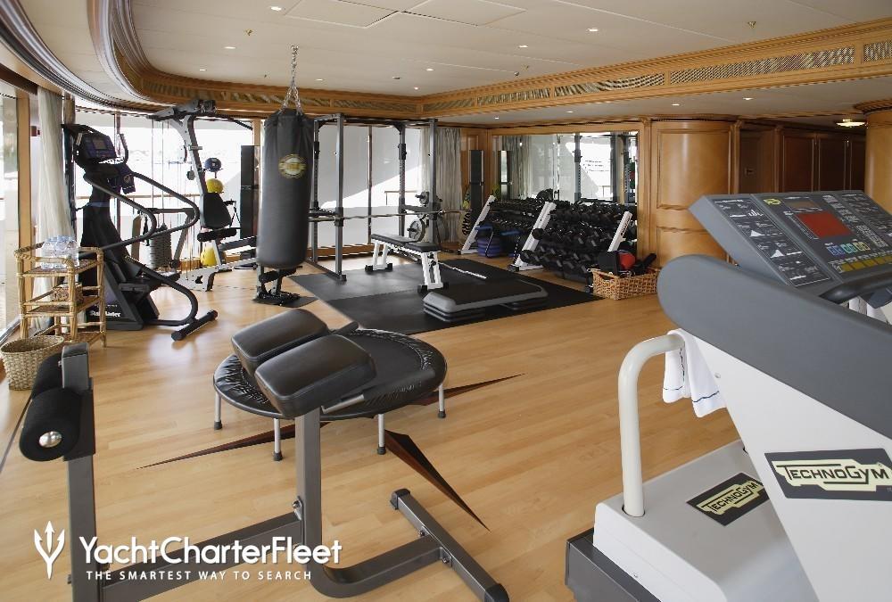 FREEDOM-yacht-gymnasium-15-large.jpg
