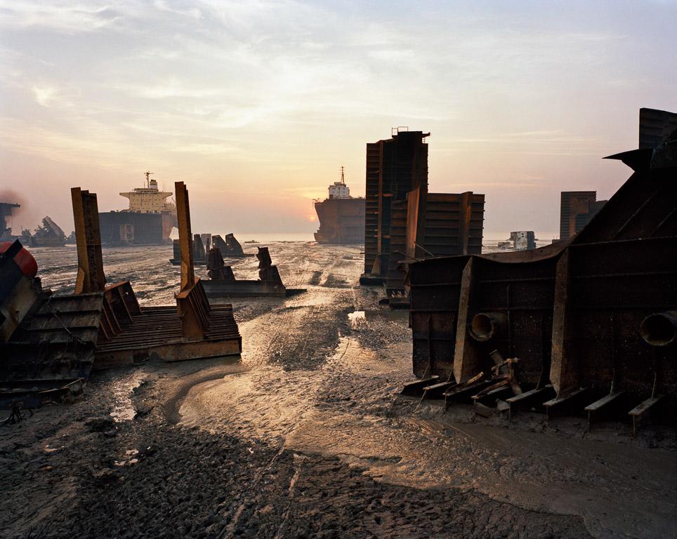 Shipbreaking #13  Chittagong, Bangladesh 2000