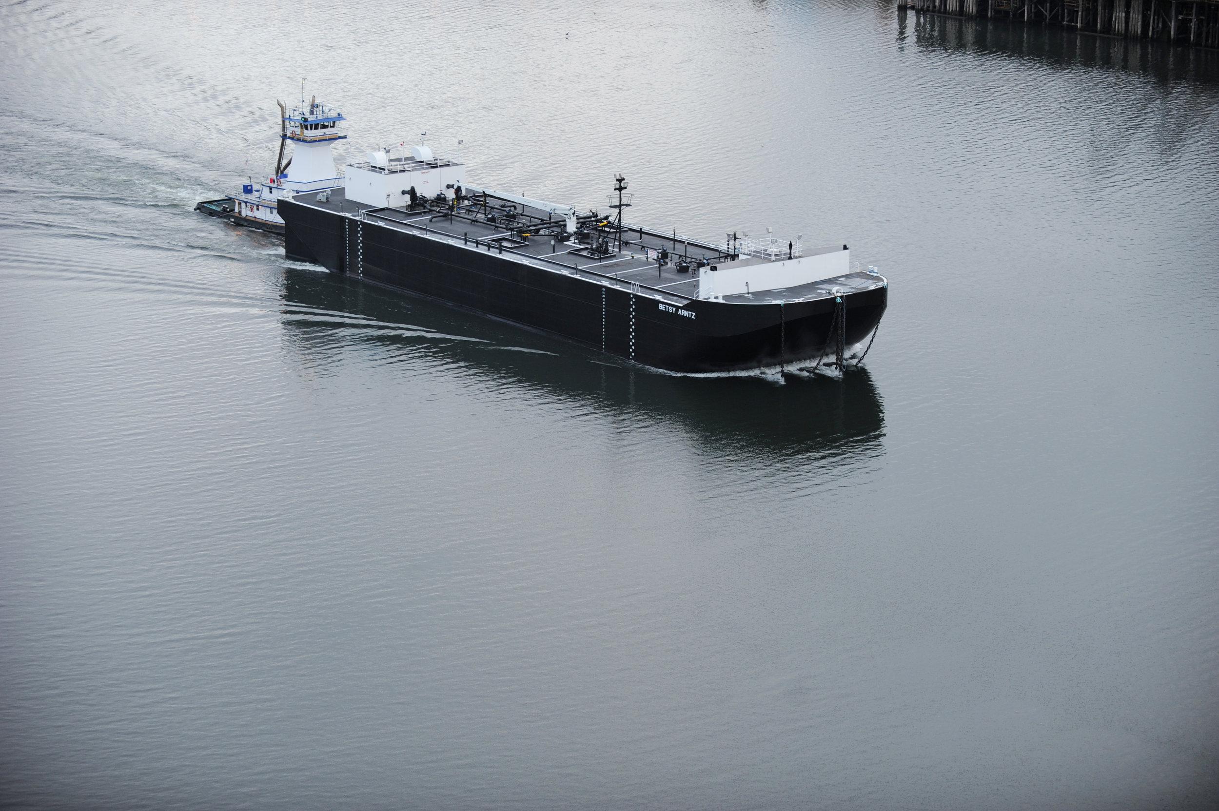 betsy-arntz-sailing-009.jpg