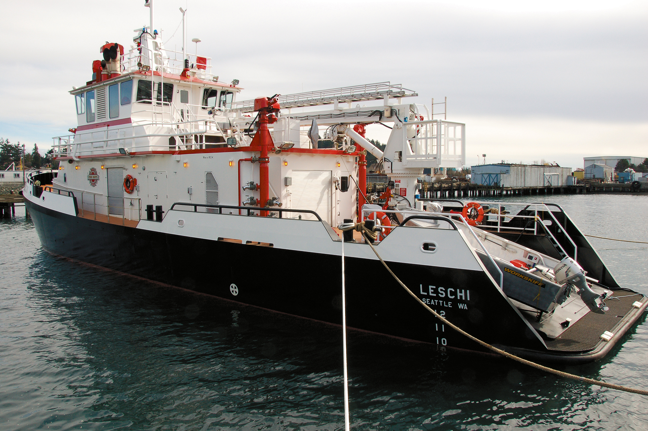 seattlefireboat.jpg