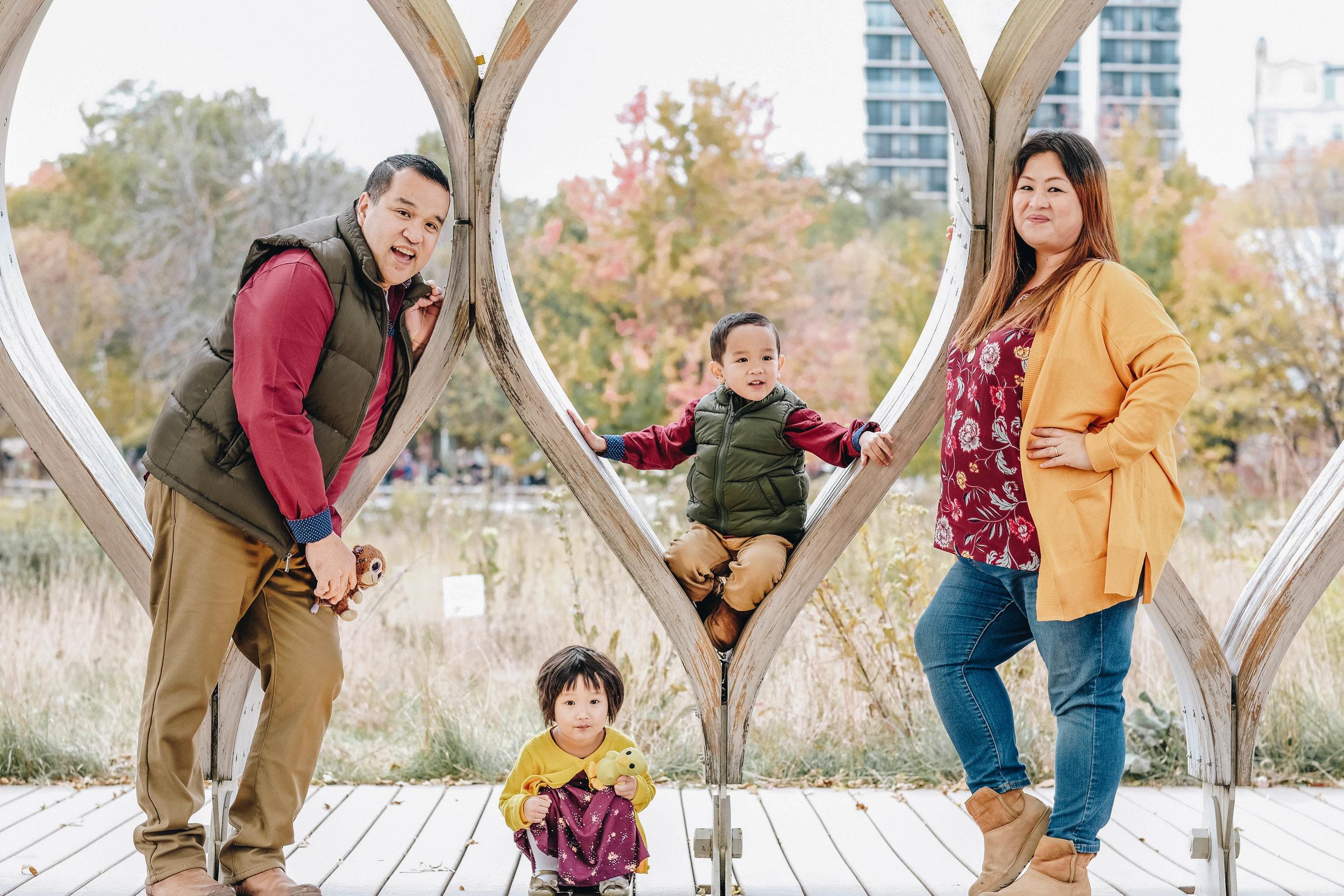 Laroco_Family_October_Web-13.jpg