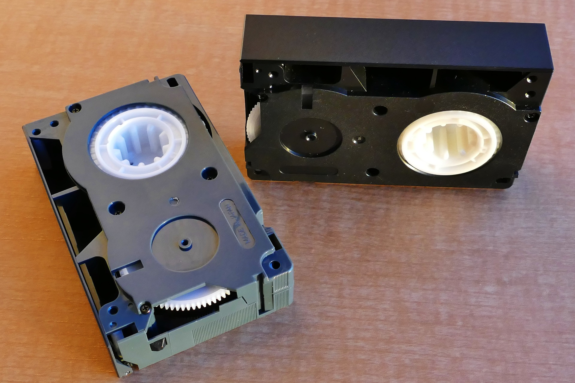 vhs tapes-1140478_1920.jpg