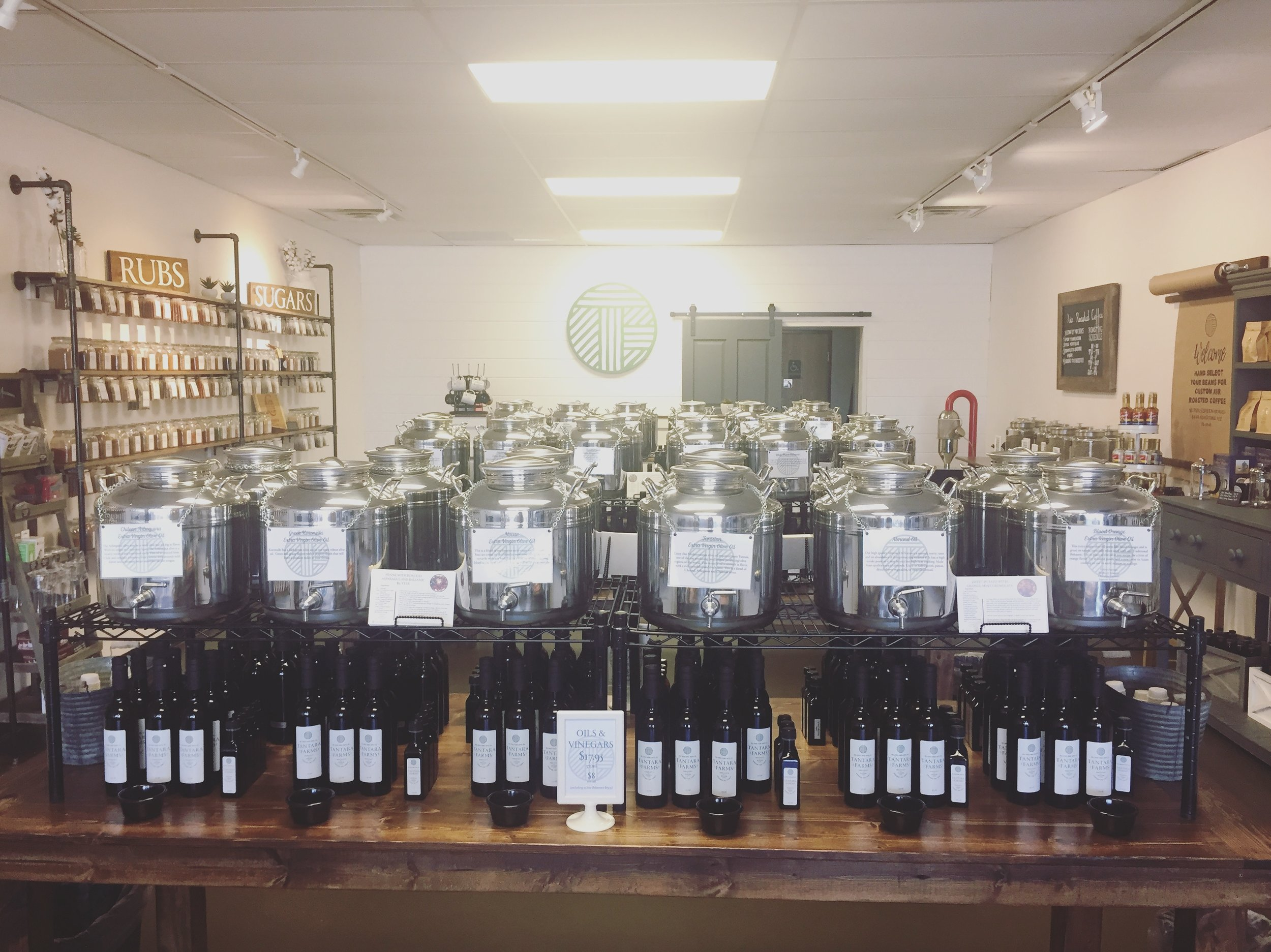 OILS & Vinegars - Tantara Farms carries a variety of infused oils and balsamic vinegars and features a tap room where they can all be sampled.Come sample our selection, and find your favorite; or you can shop our selection online.