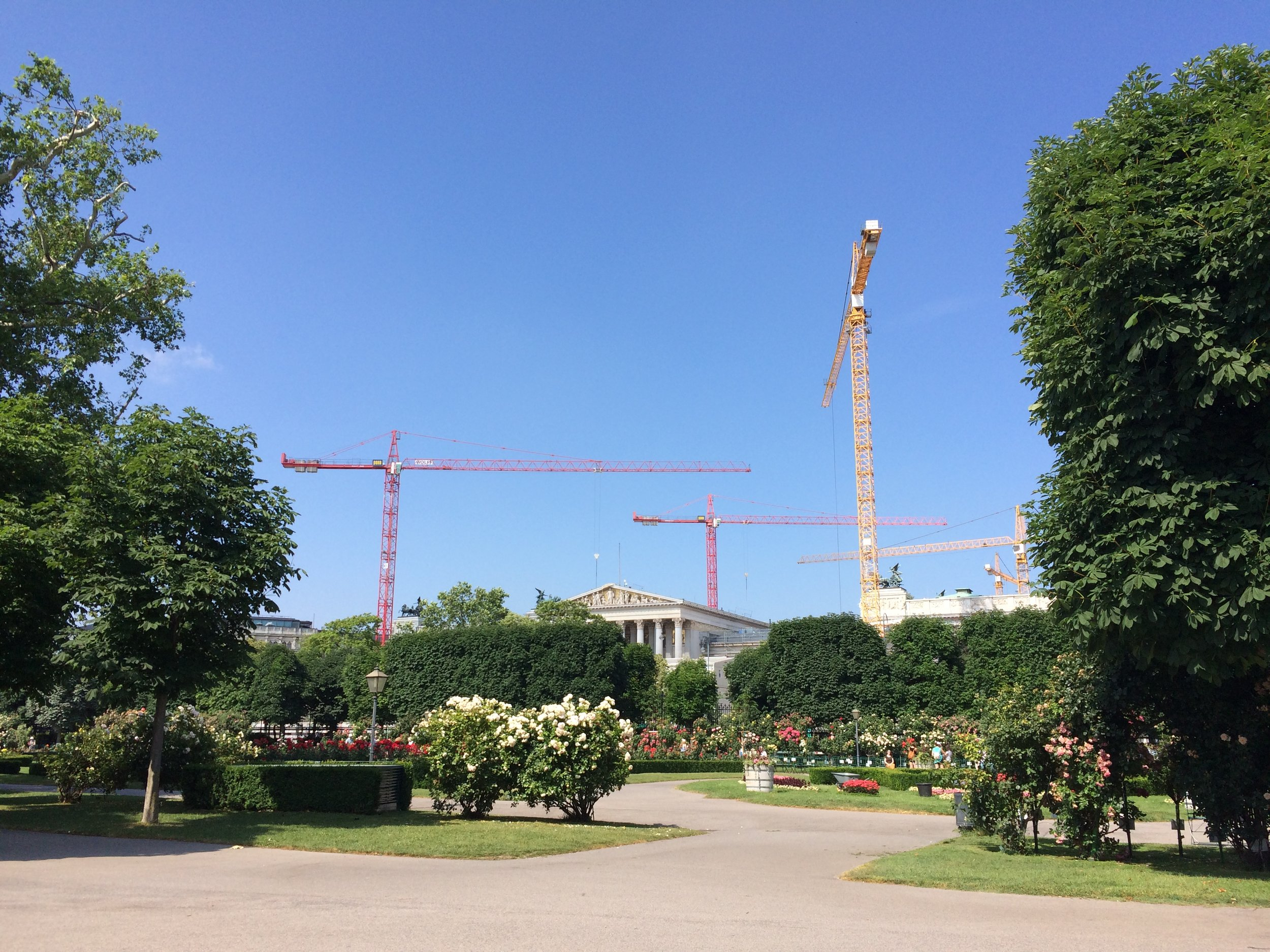 Volksgarten again. Lots of construction to renovate the parliament.