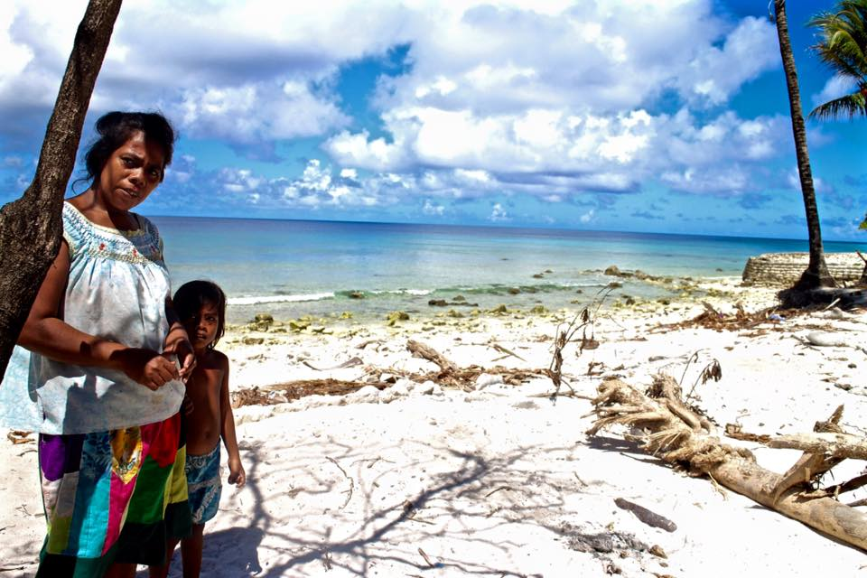 Kiribati's Tides Threaten the Link Between Land and Memory - Published 12.15.2015