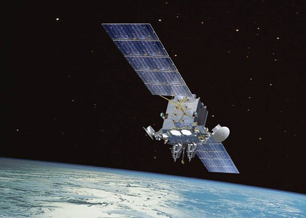 Fixing satellites in space - The revolutionary technology that will transform the space industry. (U.S. Air Force photo)Published 12.14.17