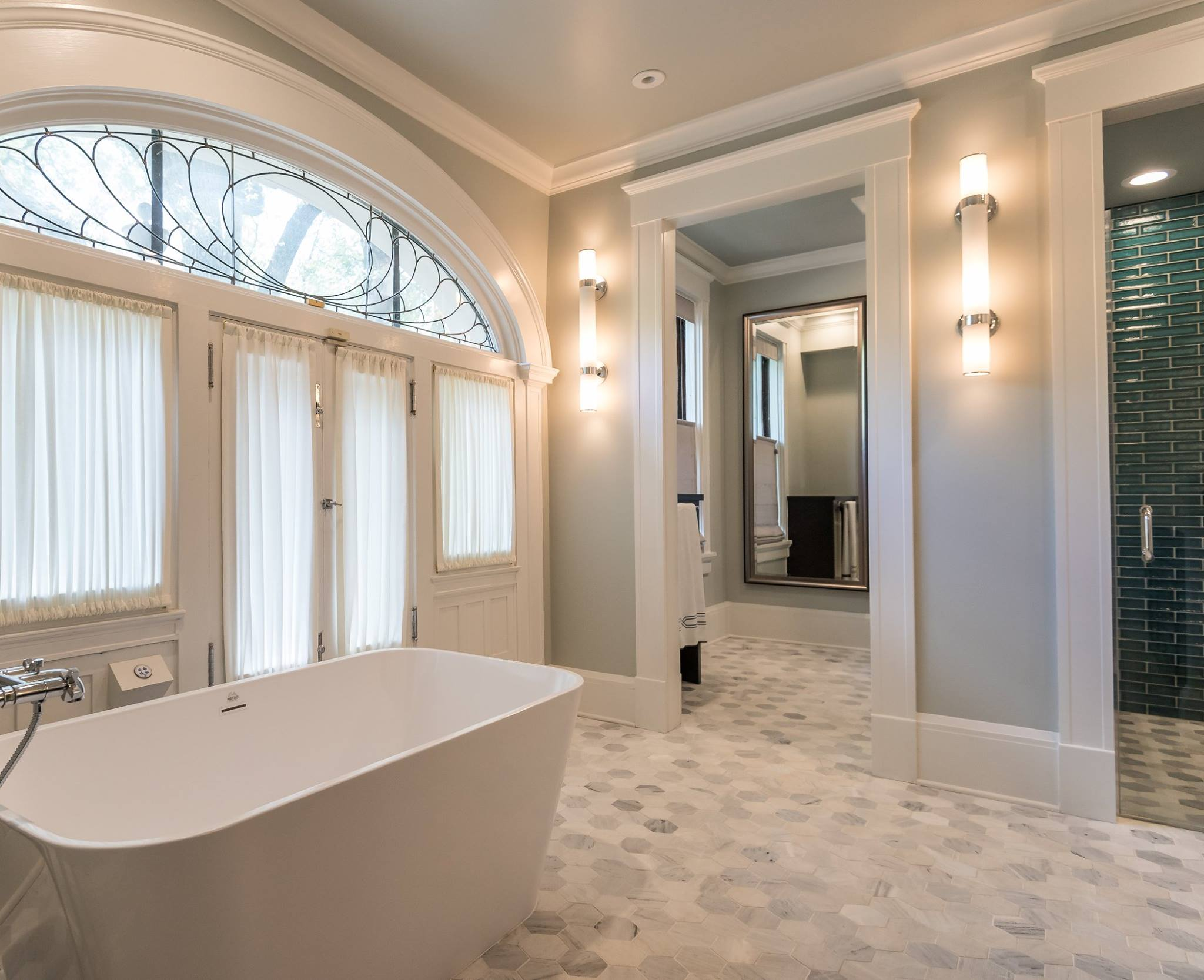 Full Bright Bathroom With Shower